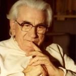 Martinus levede i Danmark fra 1890-1981 og er kendt for sit omfattende åndsvidenskabelige forfatterskab.